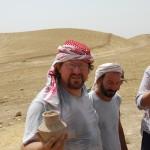 Rinvenimento di un'olla completa, di epoca Ninive 5, durante la ricognizione archeologica