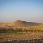 Uno dei tanti tell (colline artificiali) presenti nell'area concessa a PARTeN